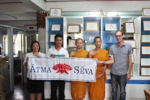Me arriving at Wat Doi Saket!